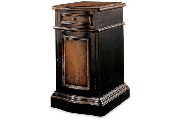 Large image of Hooker Furniture Living Room Preston Ridge Hall Chest - 864-50-109
