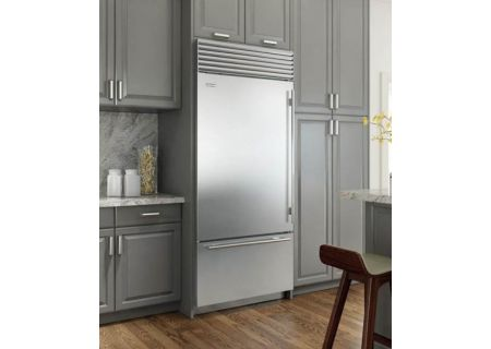 "Sub-Zero 36"" Built-In Stainless Steel Bottom Freezer Refrigerator  - BI36UIDSTHLH"