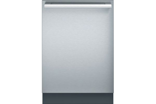 """Thermador 24"""" Stainless Steel Built-In Dishwasher - DWHD640JFM"""
