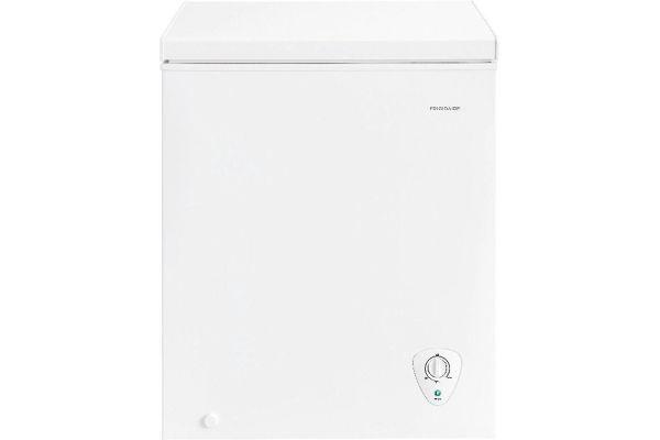 Frigidaire 5.0 Cu. Ft. White Chest Freezer - FFFC05M2UW