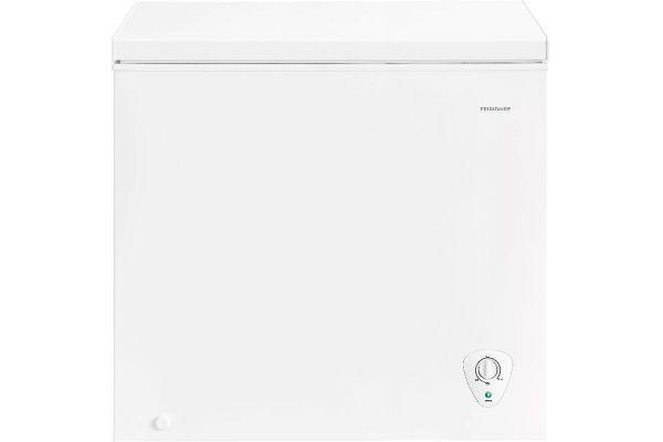 Frigidaire 7.2 Cu. Ft. White Chest Freezer - FFFC07M2UW