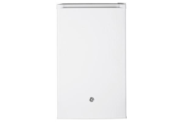 GE White Compact Refrigerator - GME04GGKWW