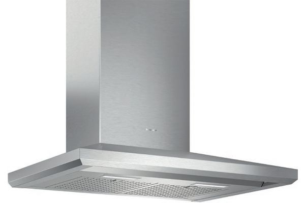 """Large image of Thermador 30"""" Masterpiece Series Stainless Steel Chimney Wall Hood - HMCB30WS"""