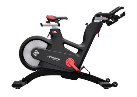 Life Fitness - IC-LFIC7B2-01 - Exercise Bikes