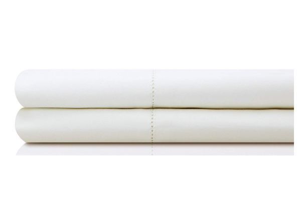 Large image of Malouf Woven White King Italian Artisan Pillowcases - MA04KKWHIC