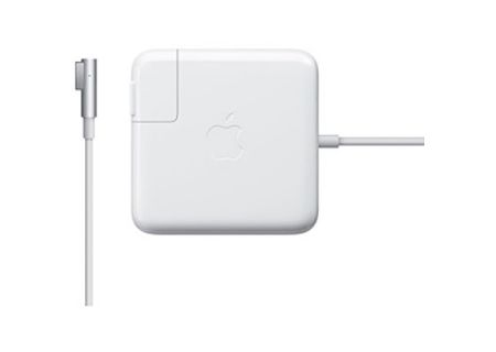 Apple - MC747LL/A - Cables & Connections