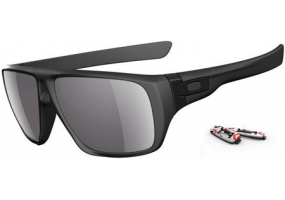 Oakley - OO9090-01 - Sunglasses