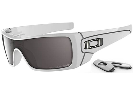 Oakley - OO910106 - Sunglasses