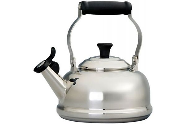 Le Creuset 1.7-Quart Stainless Classic Whistling Tea Kettle - SS3102