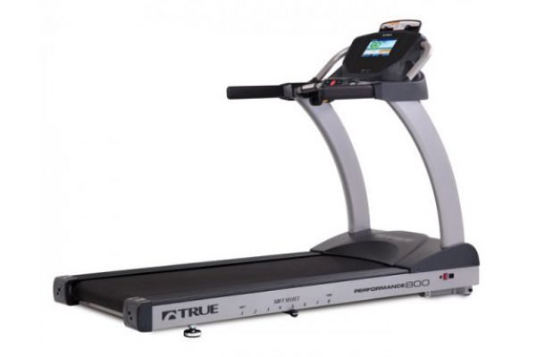 Large image of TRUE Performance 800 Treadmill With Transcend Touchscreen Console - TPS800
