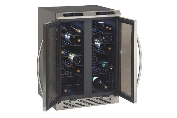 Avanti Stainless Dual Zone Wine Cooler - WCV38DZ