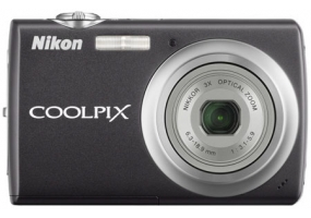 Nikon - COOLPIX S220GB - Digital Cameras