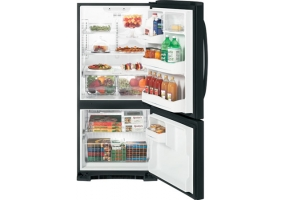 GE - GBSC0HBXBB - Bottom Freezer Refrigerators