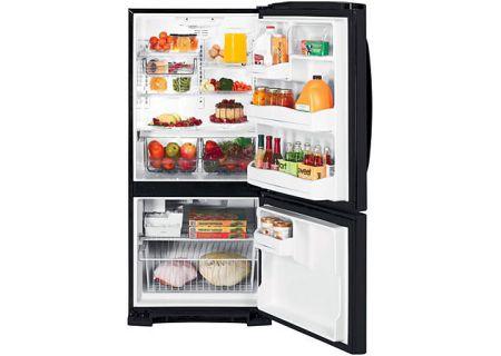 GE - GBSC0HCXBB - Bottom Freezer Refrigerators