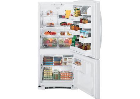 GE - GBSC3HBXWW - Bottom Freezer Refrigerators