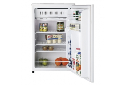 GE - GMR04BANWW - Compact Refrigerators