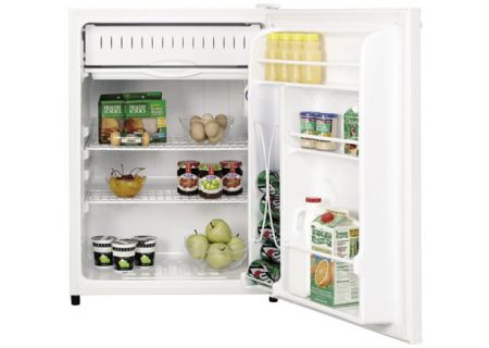 GE - GMR06AAPWW - Compact Refrigerators