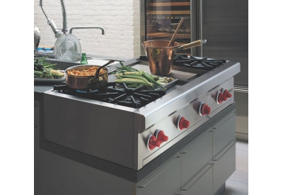 Wolf - RT486C - Gas Cooktops