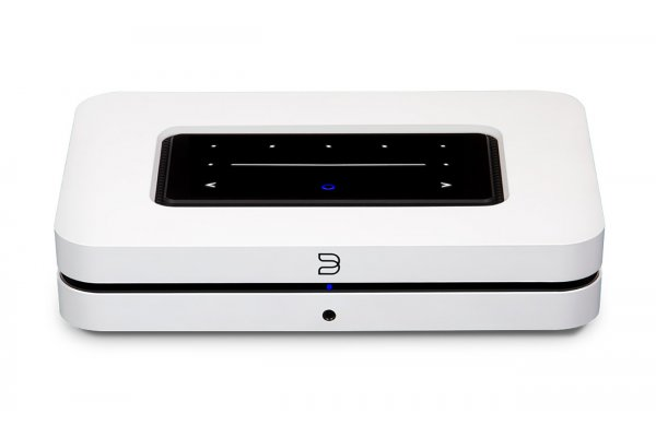 Large image of Bluesound NODE White Wireless Multi-Room Hi-Res Music Streamer - N130WHTUNV
