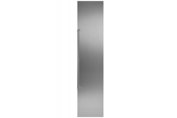 "Large image of Gaggenau 18"" Stainless Steel Door Panel With Handle - RA421115"
