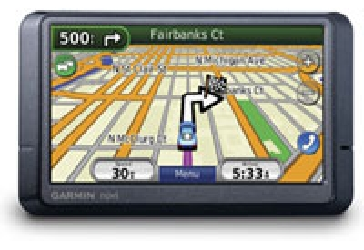 Garmin - 010-00575-10  - Portable GPS Navigation