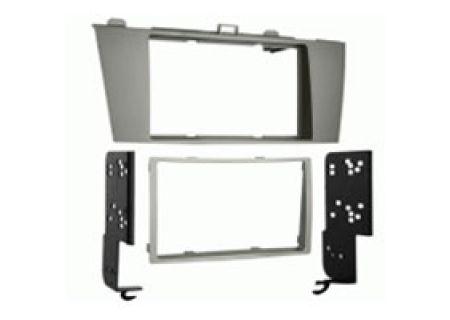 Metra Car Stereo Installation Kit - 95-8212