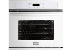 Frigidaire - FGEW2745KW - Built-In Single Electric Ovens
