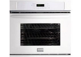 Frigidaire - FGEW3045KW - Built-In Single Electric Ovens