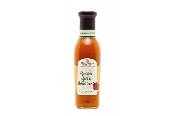 Large image of Stonewall Kitchen Roasted Garlic Peanut Sauce - 131102