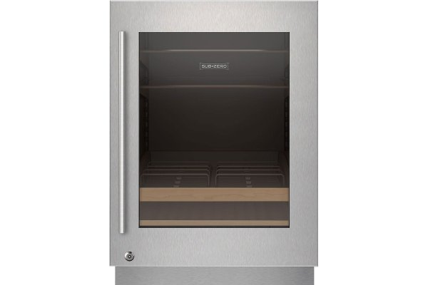 Large image of Sub-Zero Stainless Frame Right-Hinge Door Panel With Lock & Tubular Handle - 9029032