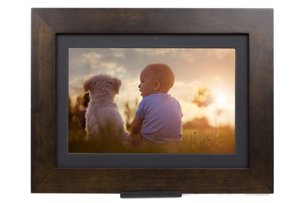 """Large image of Simply Smart Home 8"""" Espresso PhotoShare Friends and Family Smart Frame - FSM08ES"""
