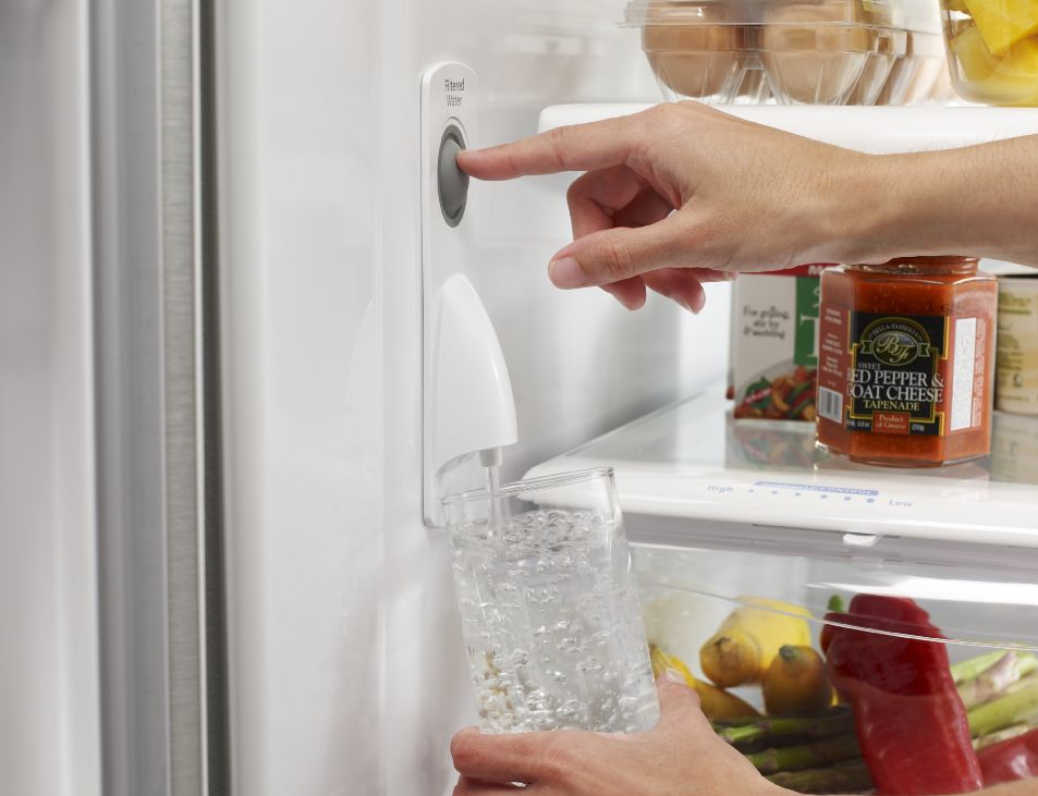 whirlpool gold refrigerator water hookup The water is chilled in the refrigerator compartment, so the water won't cool until the compartment is cool if you recently dispensed a large amount of water, it could take several hours for the water that refills the reservoir to completely cool.