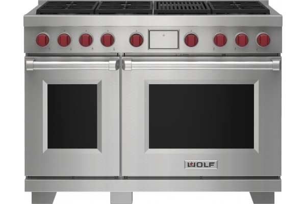 "Large image of Wolf 48"" Stainless Steel Dual Fuel Liquid Propane Range With 6 Burners and Infrared Charbroiler - DF48650CSPLP"