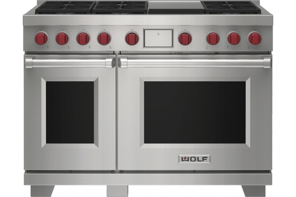 """Large image of Wolf 48"""" Stainless Steel Dual Fuel Range With 6 Burners and Infrared Griddle - DF48650GSP"""