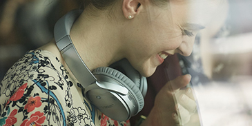 Bose QuietComfort 35 Headphones - Premium materials
