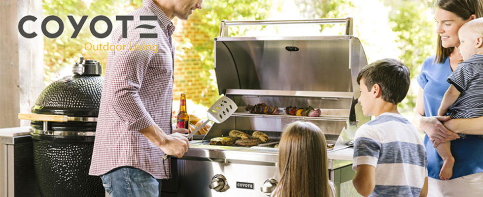 Coyote Outdoor Living Grills at Abt