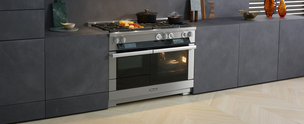 Shop Miele Ranges at Abt