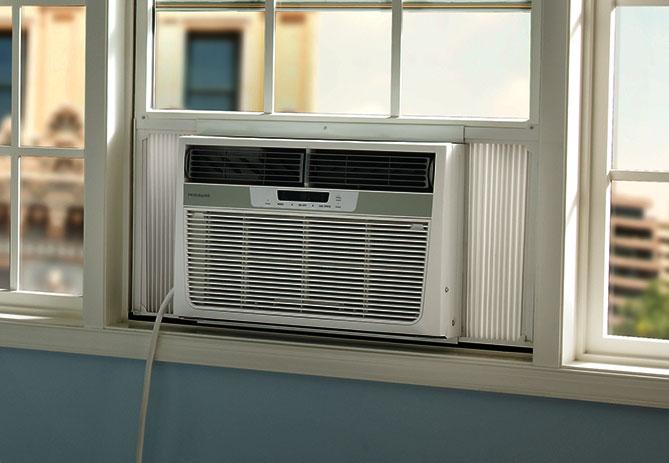 Frigidaire 12,000 BTU 10.9 EER 230V Window Air Conditioner