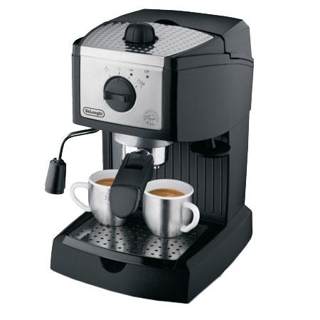 DeLonghi Black Pump Espresso/ Cappuccino Maker